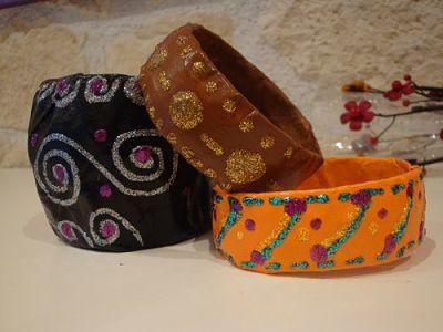 bracelets papier maché fait-main DIY