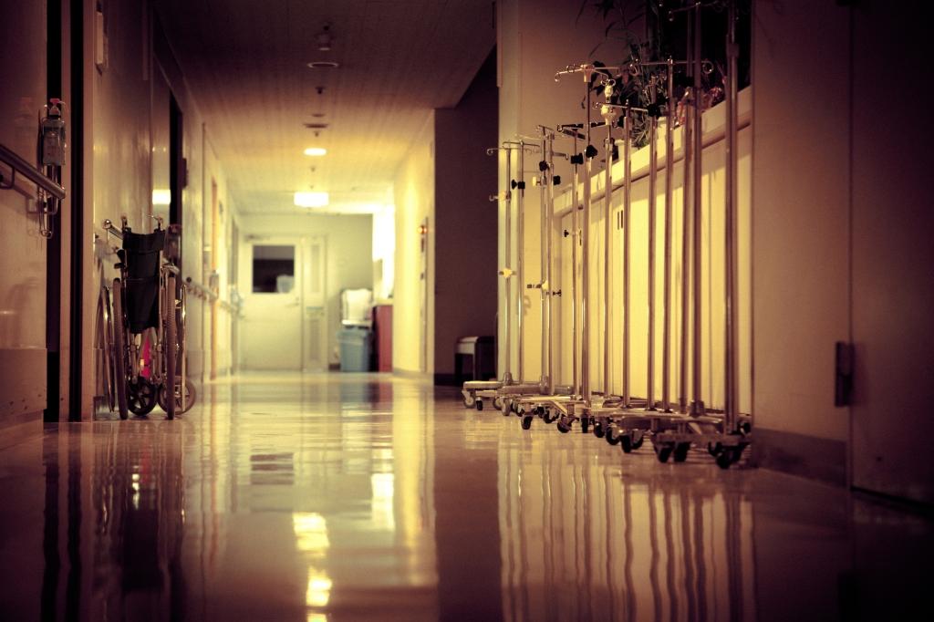 clinique hopital annecy enfant bébé urgences